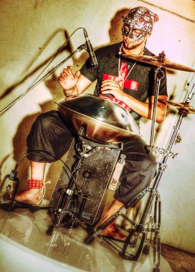 Dubai handpan Percussion Vento Entertainment