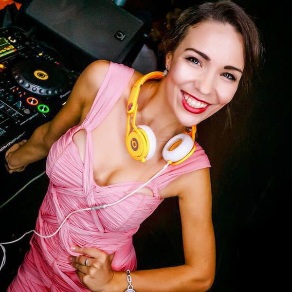 female-dj-in-dubai